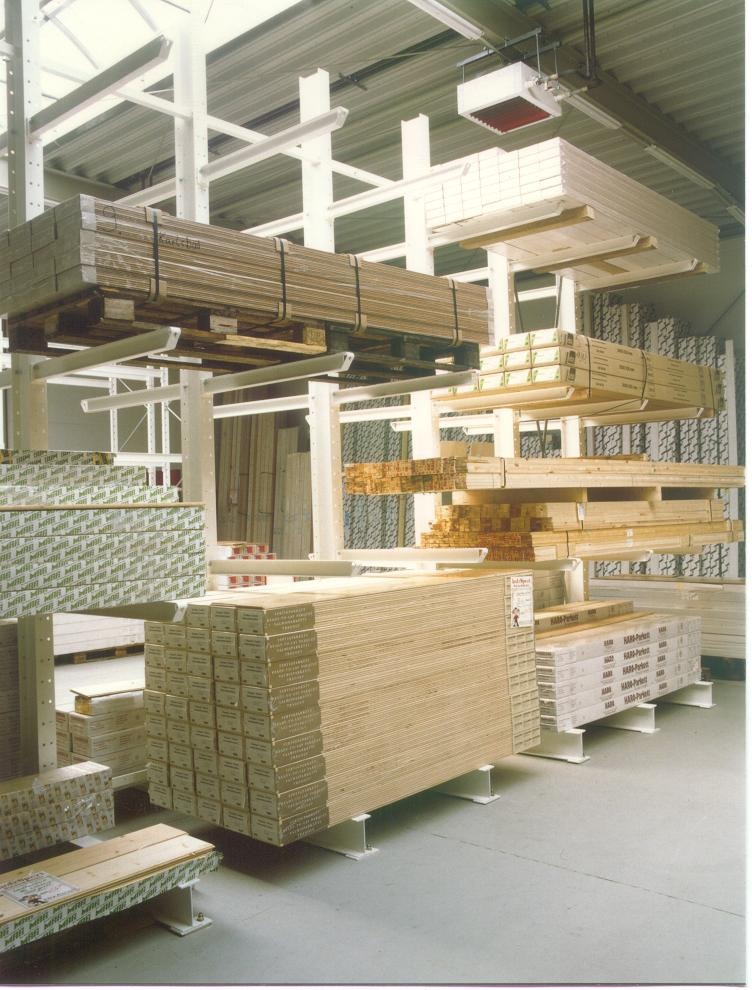 Cantilever racking for building supplies